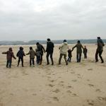Jeux en groupe sur la plage
